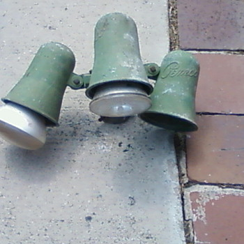 Vintage Pemco Gas Station yard Lights { I Think} - Petroliana