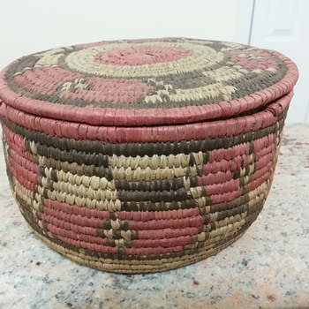 Purchased for a few dollars at garage sale is it possibly actual Amerucan Indian?