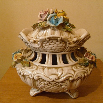 Capodimonte Porcelain Vase - China and Dinnerware
