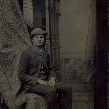 Early tintype made by a multiplying studio camera