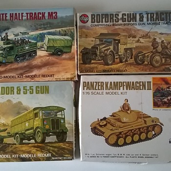 fortapache - Vintage Models, Complete, w/Instructions & Stickers
