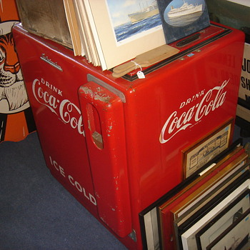 Help with Vintage Coca Cola Cooler - Coca-Cola