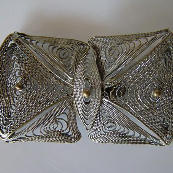 Art Nouveau filigree buckle 1 - Art Nouveau