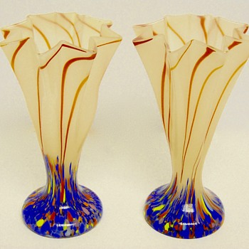 Art Deco Kralik Pair of fan Vase Art glass, Circa 1920-30