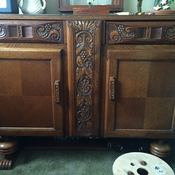 Looking for some help on the history of my Sideboard/Cabinet unit.