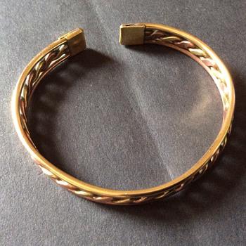Vintage cuff bangle