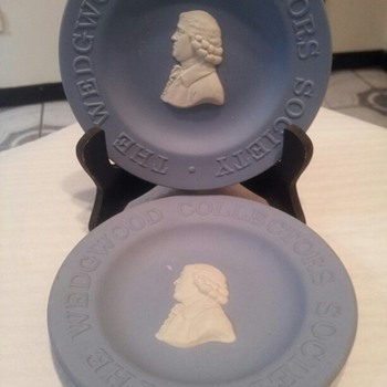 The Wedgwood Collectors Society - China and Dinnerware
