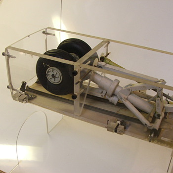 Engineering model for Aircraft Nose Gear - Military and Wartime