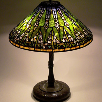 Tiffany Arrowroot Lamp - Art Glass