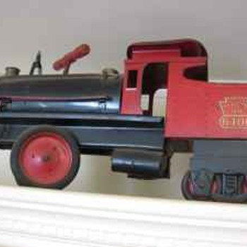 "KEYSTONE ""RIDE 'EM"" LOCOMOTIVE, 1950's METAL TOY"
