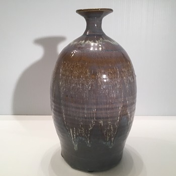 18/19th century Chinese pottery Flambé vase.