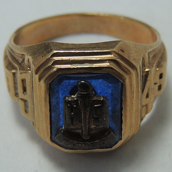 Irvington High School - Class of 1948 - 10k Gold Ring - Fine Jewelry