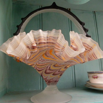 Fenton ? ( esque ?)  Fluted Glass stripped basket - Art Glass