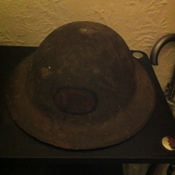 ww1 helmet