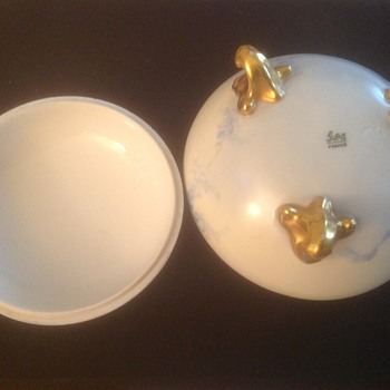 Limoges cover dish GDA with what looks like three puppy paws on side
