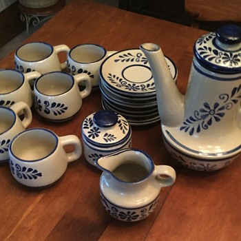 Stoneware beverage service - China and Dinnerware