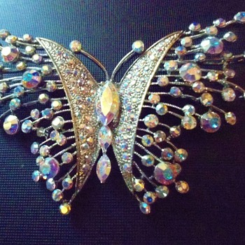 Butterfly Brooch aurora borealis brooch signed  - Costume Jewelry