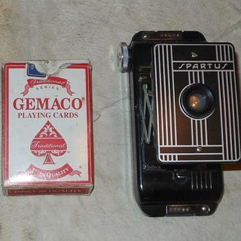 Spartus Folding Camera Model 5-500