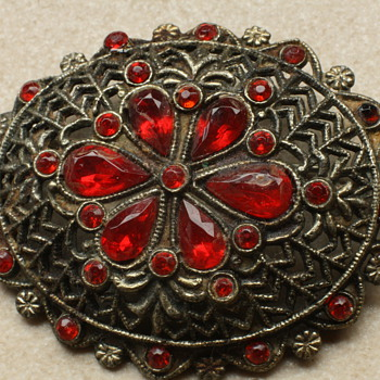 20&#039;s czech brooch