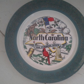 homer laughlin north carolina plate  - China and Dinnerware