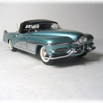 1951 LeSabre Concept Die Cast Replica - Model Cars