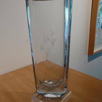STRÖMBERGSHYTTAN B932 C216   - Art Glass