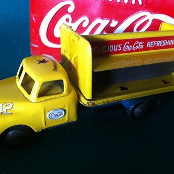 1950's Coca Cola Japan friction truck