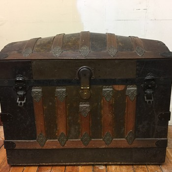 Dome Top Trunk Victorian