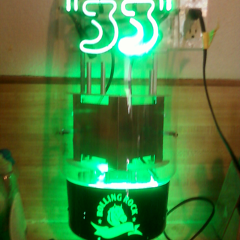 rolling rock vaccum tube neon beer sign