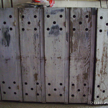Old Military Lockers - Military and Wartime