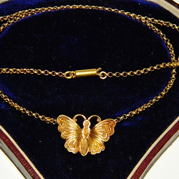 Antique Georgian Etched Butterfly Lady/Childs 9ct 9k Rose Gold Necklace England - Fine Jewelry