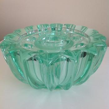 Vintage??? Bowl vase