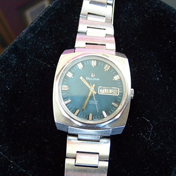 Late 1960's Bulova Automatic 23 Jewels