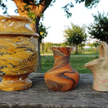 Swirl pottery collection