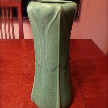 Help me identify- this Arts & Crafts matte green vase!