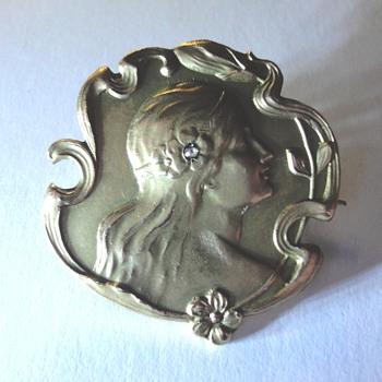 Art Nouveau Vermeil Brooch - Art Nouveau