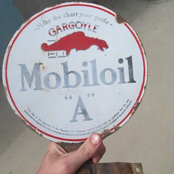 Gargoyle Mobiloil &quot;A&quot; pedestal sign - Signs