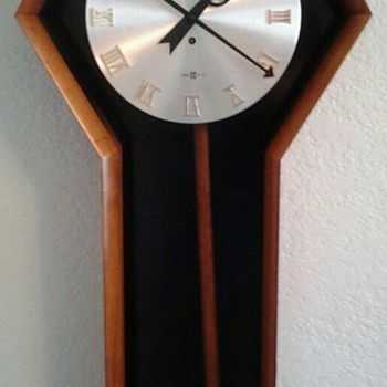 Mid Century Modern Wall Clock by Arthur Umanoff for Horward Miller - Mid Century Modern