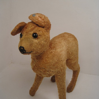 Fawning Over This Early Silk Plush Steiff Baby Christmas Deer!