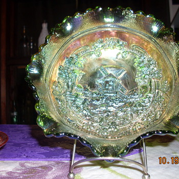 fenton glass bowl - Glassware