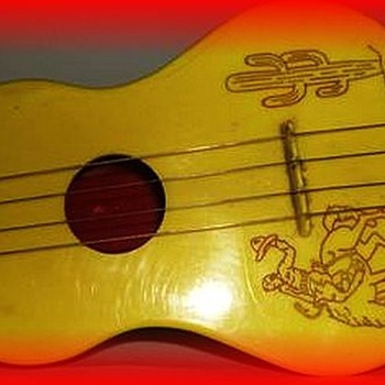 Reliable Toys ( Canada ) - Toy Guitar Western Theme - Toys