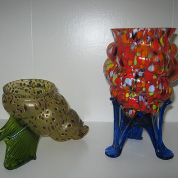 Three Kralik Shell / Cornucopia vases three totally different decors - Art Glass