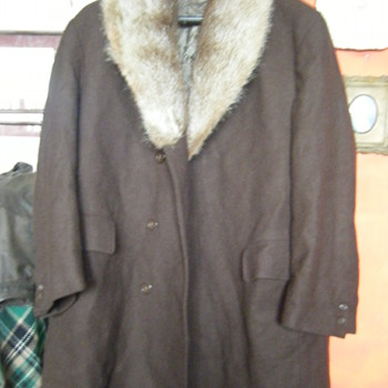 FUR COLLAR WOOL OVERCOAT, MEN'S MADE IN POLAND