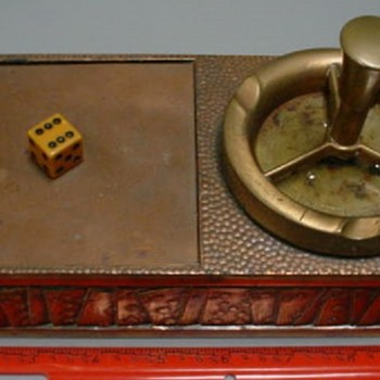 Gambling theme copper ashtray & cigarette box combo - Tobacciana