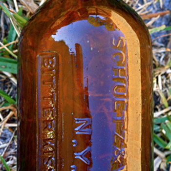 ===Saratoga Type Bottle===