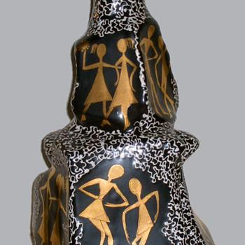 HJB Italy Art Pottery - Artist MARI - Art Pottery