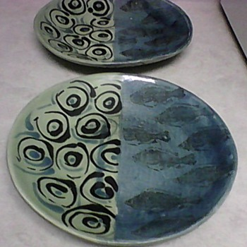 DESIGNER REDWARE FISH PLATES - Pottery