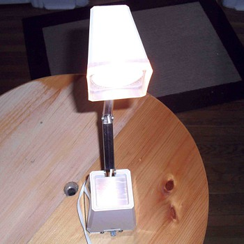 1970 space age looking table lamp.