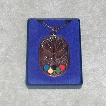 1976  Olympic Games Pendant - Outdoor Sports