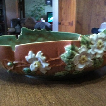Roseville bowls - Art Pottery